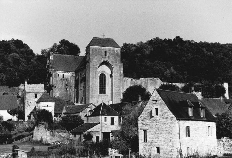 Saint-Amand-de-Coly_2003_S-Desroches_Architecte_c