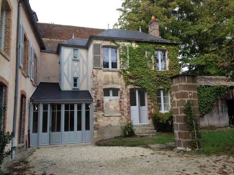 Transformation-renovation-partielle-prieure_Saint-Fargeau_01_Sebastien-Desroches_Architecte